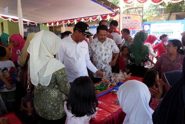 Rayakan HUT RI Kedungcino Gelar Bazar