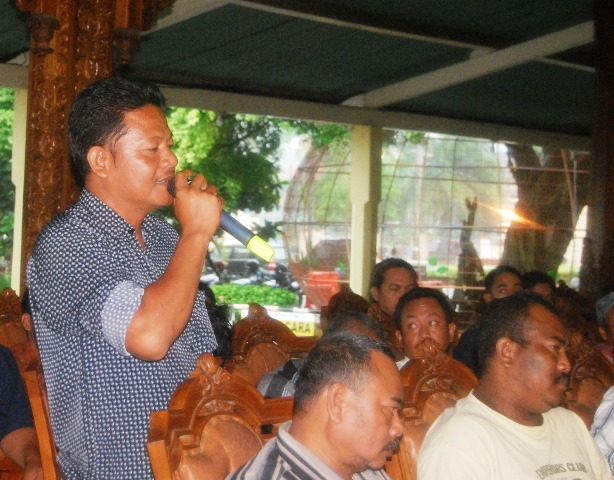 Pengusaha Karaoke Tolak Penutupan