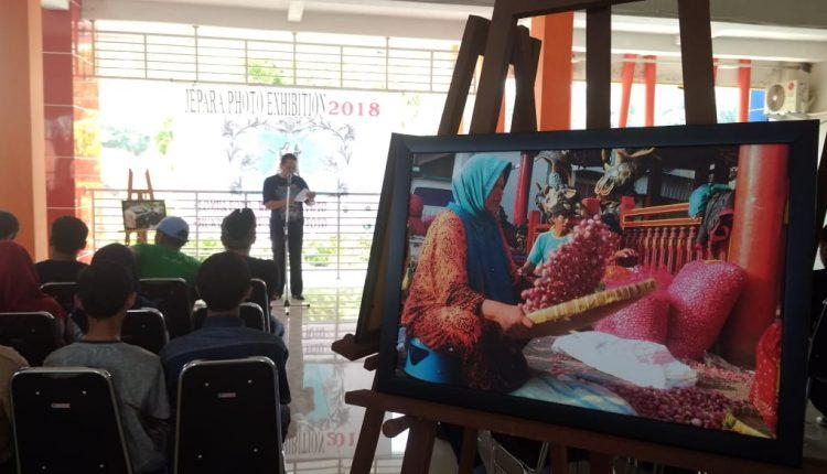 Peringati Hari Pahlawan, PWI Jepara Gelar Pameran Foto dan Karya Seni