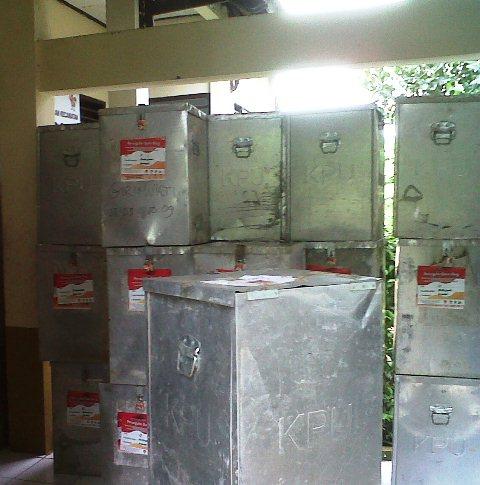 KPU Jepara Kirim logistik Pilpres ke Karimunjawa