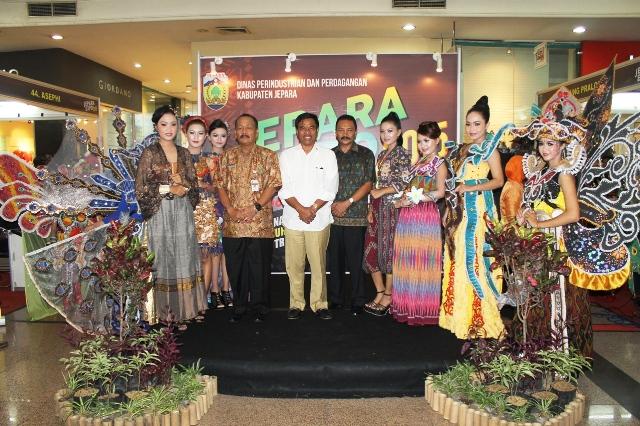 Jepara Expo 2015 di Java Supermal Semarang Samapi 11 Mei