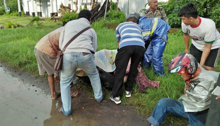 Hindari Genangan Air di Jalan Raya, Seorang Ibu Tewas