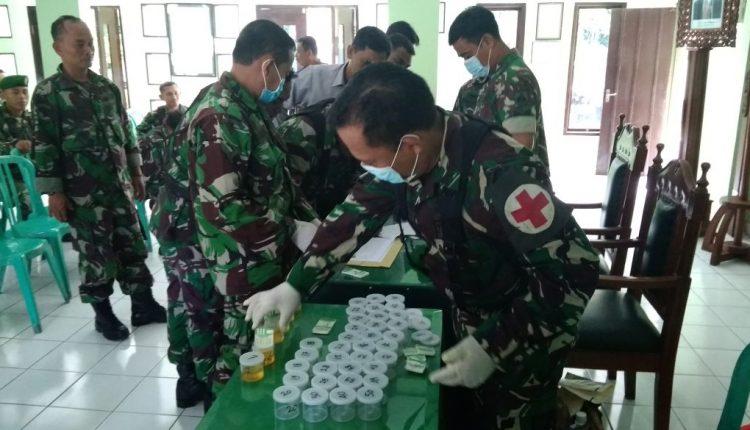 Lawan Narkoba, Anggota TNI Kodim 0719 Jepara Jalani Tes Urine