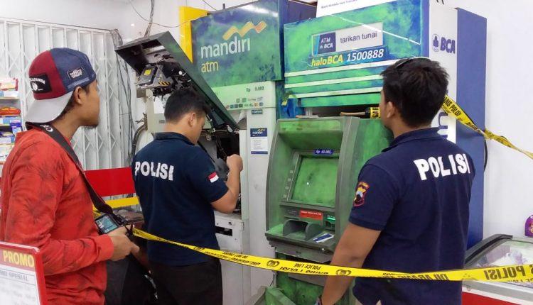 Kawanan Pencuri Satroni Mesin ATM Toko Modern di Kecamatan Mlonggo