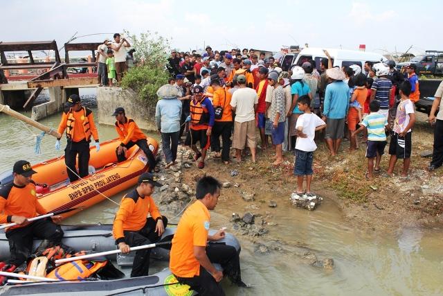 Mencari Ikan Nelayan di Jepara Pulang Tinggal Nama